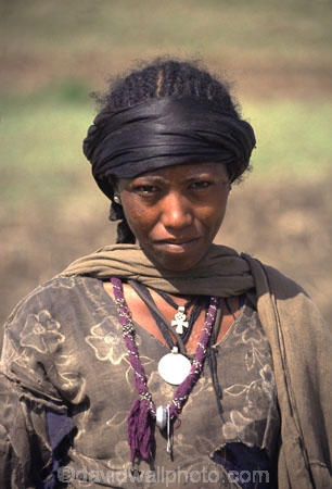 africa;african;africans;black;ethnic;female;people;person;persons;portrait;portraits;tradition;traditional;costume;costumes;traditional-costume;traditional-costumes;culture;cultural;tribe;tribal;east-africa;jewellery;jewelery;necklace;necklaces