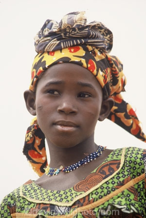 africa;african;africans;black;ethnic;people;person;persons;jewellery;portrait;portraits;tradition;traditional;costume;costumes;traditions-costume;traditional-costumes;culture;cultural;cultures;tribe;tribes;tribal;west-africa;indigenous;native;adorn;adornment;hat;hats;islam;islamic;muslim;girl;female;cloth;nigerian;sahel
