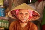 Asia;Asian;Asian-conical-hat;Asian-conical-hats;Can-Duoc;Can-Duoc-Market;commerce;commercial;conical-hat;conical-hats;farmer-market;farmer-markets;farmers-market;farmers-markets;farmers-market;farmers-markets;female;females;food-market;food-markets;food-stall;food-stalls;lady;leaf-hat;leaf-hats;Long-An-Province,;market;market-day;market-days;market-place;market_place;marketplace;markets;Mekong-Delta;Mekong-Delta-Region;non-la;nón-lá;palm_leaf-conical-hat;people;person;produce;produce-market;produce-markets;retail;retailer;retailers;shop;shopping;shops;South-East-Asia;Southeast-Asia;stall;stalls;steet-scene;street-scenes;Vietnam;Vietnamese;Vietnamese-conical-hat;Vietnamese-conical-hats;Vietnamese-hat;Vietnamese-hats;Vietnamese-symbol;woman;women;worker;workers