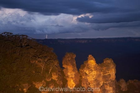 approaching-storm;approaching-storms;Australasia;Australia;Australian;black-cloud;black-clouds;Blue-Mountains;Blue-Mountains-N.P.;Blue-Mountains-National-Park;Blue-Mountains-NP;bluff;bluffs;cliff;cliffs;cloud;clouds;cloudy;dark;dark-cloud;dark-clouds;dusk;Echo-Point;erode;eroded;erosion;escarpment;escarpments;evening;flash-of-lightning;flood-lighting;flood-lights;flood-lit;flood_lighting;flood_lights;flood_lit;floodlighting;floodlights;floodlit;geological;geology;gray-cloud;gray-clouds;grey-cloud;grey-clouds;Gunnedoo;Jamison-Valley;Katoomba;light;lightning;lightning-flash;lights;lookout;lookouts;Meehni;mountainside;mountainsides;N.S.W.;New-South-Wales;night;night-time;night_time;nightfall;NSW;panorama;panoramas;rain-cloud;rain-clouds;rain-storm;rain-storms;rock;rock-formation;rock-formations;rock-outcrop;rock-outcrops;rock-tor;rock-torr;rock-torrs;rock-tors;rocks;sandstone;scene;scenes;scenic-view;scenic-views;steep;stone;storm;storm-cloud;storm-clouds;storms;The-Three-Sisters;Three-Sisters;thunder-storm;thunder-storms;thunderstorm;thunderstorms;twilight;UN-world-heritage-site;UNESCO-World-Heritage-Site;united-nations-world-heritage-site;View;viewpoint;viewpoints;views;vista;vistas;weather;Wimlah;world-heritage;world-heritage-area;world-heritage-areas;World-Heritage-Park;World-Heritage-site;World-Heritage-Sites