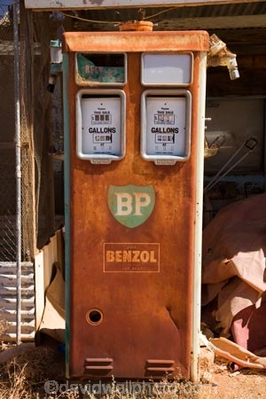 abandon;abandoned;Australasian;Australia;Australian;benzol;bowser;bowsers;BP;castaway;character;derelict;dereliction;deserted;desolate;desolation;destruction;filling-station;filling-stations;garage;garages;gas-pump;gas-pumps;gas-station;gas-stations;gasolene;gasoline;neglect;neglected;old;old-fashioned;old_fashioned;Oodnadatta;Oodnadatta-Track;Outback;Pecanek-Transport;petrol-bowser;petrol-bowsers;petrol-pump;petrol-pumps;petrol-station;petrol-stations;petroleum;ruin;ruins;run-down;rustic;S.A.;SA;service-station;service-stations;servo;South-Australia;vintage