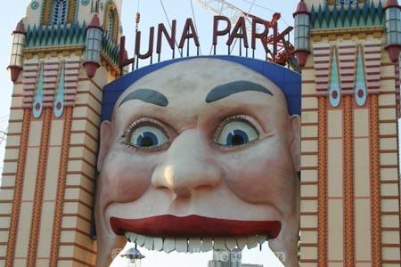 Luna;Park;Entrance;Sydney;Australia;face;faces;eye;eyes;nose;noses;mouth;mouths;fun;parks;amusement