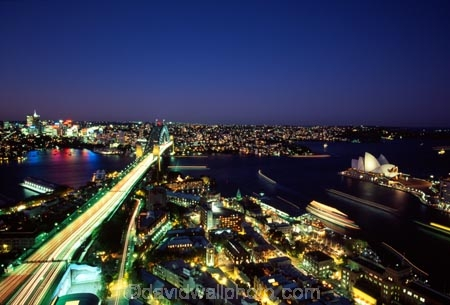 Sydney;Harbour;harbours;harbor;harbors;Bridge;Night;Shangri_La;Hotel;Sydney;Australia;traffic;tail-lights;bridges;light;lights;north-sydney;sydney-cove;cove;circular-quay;circular;quay;opera-house;opera;house;icon;icons;landmark;landmarks