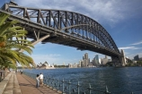 architectural;architecture;Australasia;Australia;Bennelong-Point;bridge;bridges;c.b.d.;cbd;central-business-district;cities;city;cityscape;cityscapes;couple;female;icon;iconic;icons;Kirribilli;landmark;landmarks;male;man;men;Milsons-Point;N.S.W.;New-South-Wales;NSW;Olympic-Dr;Olympic-Drive;Opera-House;palm-tree;palm-trees;people;person;structure;structures;Sydney;Sydney-Harbor;Sydney-Harbor-Bridge;Sydney-Harbour;Sydney-Harbour-Bridge;Sydney-Opera-House;two;woman;women;young-couple