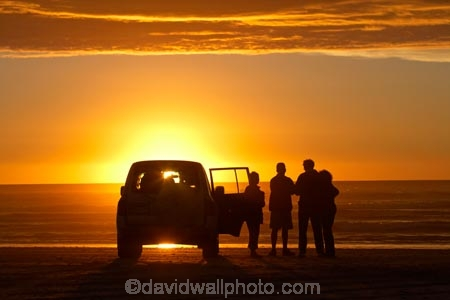 4wd;4wds;4wds;4x4;4x4s;4x4s;Australasian;Australia;Australian;beach;beaches;coast;coastal;coastline;dusk;evening;four-by-four;four-by-fours;four-wheel-drive;four-wheel-drives;Island-of-Tasmania;nightfall;Ocean-Beach;orange;people;person;sand;sandy;shore;shoreline;silhouette;silhouettes;sky;Southern-Ocean;sports-utility-vehicle;sports-utility-vehicles;State-of-Tasmania;Strahan;sunset;sunsets;suv;suvs;Tas;Tasmania;The-West;twilight;vehicle;vehicles;West-Tasmania;Western-Tasmania
