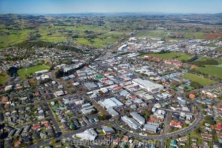 aerial;aerial-image;aerial-images;aerial-photo;aerial-photograph;aerial-photographs;aerial-photography;aerial-photos;aerial-view;aerial-views;aerials;Auckland;Auckland-region;Bombay-Hills;communities;community;Devon-La;Devon-Lane;Harrington-Ave;Harrington-Avenue;home;homes;house;houses;housing;King-St;King-Street;N.I.;N.Z.;neighborhood;neighborhoods;neighbourhood;neighbourhoods;New-Zealand;NI;North-Is;North-Island;NZ;Pukekohe;Pukekohe-town-centre;Queen-St;Queen-Street;real-estate;residences;residential;residential-housing;Seddon-La;Seddon-Lane;Seddon-St;Seddon-Street;shop;shops;South-Auckland;store;stores;street;street-scene;street-scenes;streets;suburb;suburban;suburbia;suburbs;Tobin-St;Tobin-Street;town;towns;Wast-St;Wesley-St;Wesley-Street;West-Street