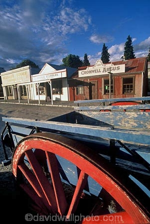 historic;historical;building;buildings;wagon;wagons;cart;carts;wheel;wheels;spoke;spokes;goldrush;gold-rush;goldfields;gold-fields