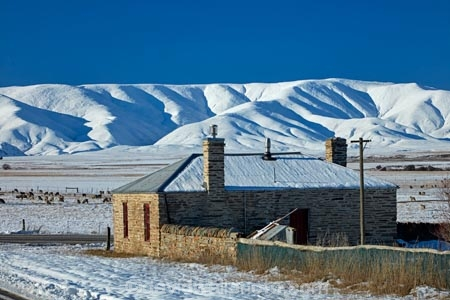Aotearoa;building;buildings;Central-Otago;cold;Coldness;corrugated-iron;corrugated-metal;corrugated-steel;extreme-weather;freeze;freezing;Hawkdun-Ra;Hawkdun-Range;heritage;Hills-Creek;historic;historic-building;historic-buildings;Historic-cottage;historical;historical-building;historical-buildings;history;Ida-Ra;Ida-Range;Ida-Rd;Ida-Valley;Idaburn;Maniototo;N.Z.;New-Zealand;NZ;old;Otago;Oturehua;roofing-iron;roofing-metal;S.I.;Scenic;Scenics;Season;Seasons;SI;snow;snowy;South-Is;South-Island;Sth-Is;stone-building;stone-buildings;tradition;traditional;weather;white;winter;Wintertime;wintery;wintry;zincalume