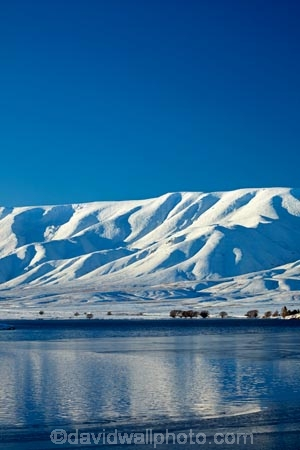 Aotearoa;Central-Otago;cold;Coldness;dam;dams;extreme-weather;Falls-Dam;freeze;freezing;Hawkdun-Ra;Hawkdun-Range;ice;icy;irrigation-dam;lake;lakes;Maniototo;mountain;mountains;N.Z.;New-Zealand;NZ;Otago;Oteake-Conservation-Park;Oteake-Park;range;ranges;S.I.;Scenic;Scenics;Season;Seasons;SI;snow;snowy;snowy-mountain;snowy-mountains;South-Is;South-Island;Sth-Is;weather;white;winter;Wintertime;wintery;wintry