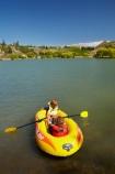 Bannockburn;Bannockburn-Inlet;boat;boats;boy;boys;brother;brothers;Central-Otago;child;children;girl;girls;inflatable-boat;inflatable-boats;inflatable-rubber-boat;inflatable-rubber-boats;irb;irbs;kid;kids;lake;Lake-Dunstan;lakes;lifejacket;lifejackets;little-boy;little-boys;little-girl;little-girls;N.Z.;New-Zealand;NZ;Otago;play;playing;raft;row;row-boat;row-boats;rowing;S.I.;SI;sibling;siblings;sister;sisters;South-Is.;South-Island;summer;water;yellow-boat;yellow-boats