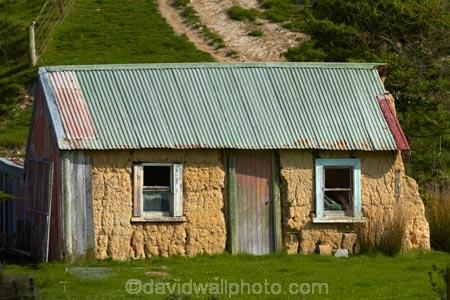 Historic Sod Cottage Near Brighton Dunedin Otago South