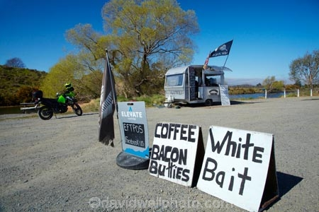 Caravan;caravans;coffee;Dunedin;fast-food;food-cart;food-carts;food-stall;food-stalls;mobile-food-stall;mobile-stall;N.Z.;New-Zealand;NZ;Otago;roadside-stall;roadside-stalls;S.H.1;SH1;South-Is;South-Island;State-Highway-1;State-Highway-One;Sth-Is;Waikouaiti;white-bait