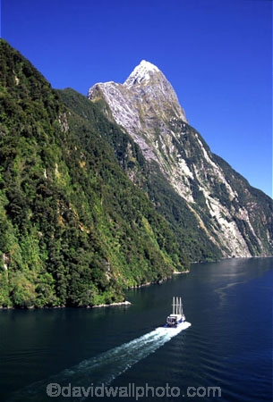 aerials;beautiful;beauty;bluff;bluffs;boat;boats;calm;calmness;cliff;cliffs;coast;coastal;coastline;fiord;fiordland;fiordland-national-park;fiords;fjord;fjords;grandeur;majestic;majesty;middle-earth;milford-sound;mitre-peak;mountain;mountains;natural;nature;new-zealand;peak;peaks;reflection;reflections;scene;scenery;scenic;sea;snow;snowy;sounds;sounds,;south-west;southland;still;stillness;summit;summits;te-wahipounamu-south_west-new-zealand-world-hertitage-area;te-waihipounamusouth-west-new-zealand-world-heritage-site;tourism;tourist;tourists;water