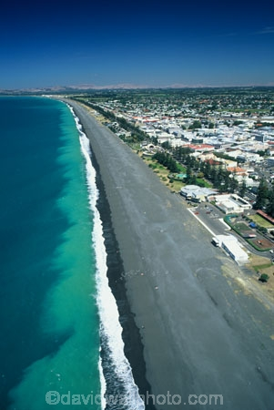 coast;coastal;coastline;shore;shoreline;beach;beaches;black-sand;sea;ocean;pacific;hawke-bay;waves;wave;aerials