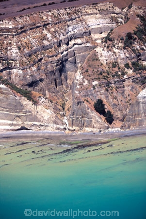 aerials;aerials;white-cliffs;cliff;mudstone;sandstone;sand_stone;sand-stone;bluff;bluffs;coast;coastal;coasatline;shore;shoreline;point;promontory;hawke-bay;pacific-ocean