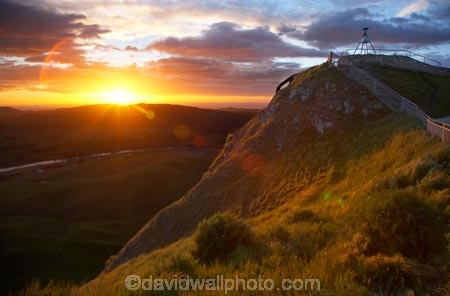 break-of-day;dawn;dawning;daybreak;early-light;first-light;geodetic-mark;geodetic-marks;Hawkes-Bay;Hawkes-Bay;morning;N.I.;N.Z.;New-Zealand;NI;North-Is;North-Is.;North-Island;NZ;orange;sunrise;sunrises;sunup;survey-mark;survey-marker;survey-markers;survey-marks;Te-Mata-Peak;Te-Mata-Pk;trig;trig-beacon;trig-beacons;trig-station;trig-stations;trigs;Tukituki-River;Tukituki-River-Valley;twilight