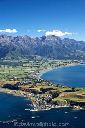 aerial;aerial-photo;aerial-photography;aerial-photos;aerial-view;aerial-views;aerials;coast;coastal;coastline;coastlines;coasts;Kaikoura;Kaikoura-Peninsula;Kaikoura-Peninsular;Marlborough;N.Z.;New-Zealand;NZ;ocean;S.I.;sea;Seaward-Kaikoura-Range;Seaward-Kaikoura-Ranges;shore;shoreline;shorelines;shores;SI;South-Bay;South-Island;water