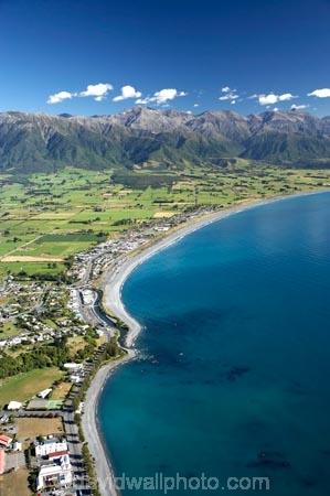 aerial;aerial-photo;aerial-photography;aerial-photos;aerial-view;aerial-views;aerials;coast;coastal;coastline;coastlines;coasts;Kaikoura;Marlborough;N.Z.;New-Zealand;NZ;ocean;S.I.;sea;Seaward-Kaikoura-Range;Seaward-Kaikoura-Ranges;shore;shoreline;shorelines;shores;SI;South-Island;water