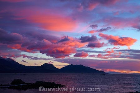 break-of-day;cloud;clouds;coast;coastal;coastline;coastlines;coasts;dawn;dawning;daybreak;first-light;Kaikoura;Kaikoura-Coast;Kaikoura-Range;Kaikoura-Ranges;Marlborough;morning;New-Zealand;NZ;ocean;oceans;orange;Pacific-Ocean;pink;S.I.;sea;seas;Seaward-Kaikoura-Range;Seaward-Kaikoura-Ranges;shore;shoreline;shorelines;shores;South-Is;South-Island;Sth-Is;sunrise;sunrises;sunup;twilight;water