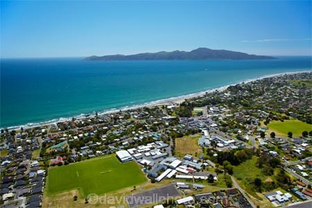 aerial;aerial-image;aerial-images;aerial-photo;aerial-photograph;aerial-photographs;aerial-photography;aerial-photos;aerial-view;aerial-views;aerials;beach;beaches;coast;coastal;coastline;coastlines;coasts;education;high-school;high-schools;Kapiti-Coast;Kapiti-College;Kapiti-Is;Kapiti-Island;N.I.;N.Z.;New-Zealand;NI;North-Is;North-Island;NZ;Otaheke-Strait;Paraparaumu;Paraparaumu-Beach;playing-field;playing-fields;Raumati-Beach;Rauoterangi-Channel;School;Schools;sea;seas;secondary-college;secondary-colleges;secondary-school;secondary-schools;senior-school;senior-schools;shore;shoreline;shorelines;shores;sports-field;sports-fields;sports-ground;sports-grounds;water;Wellington