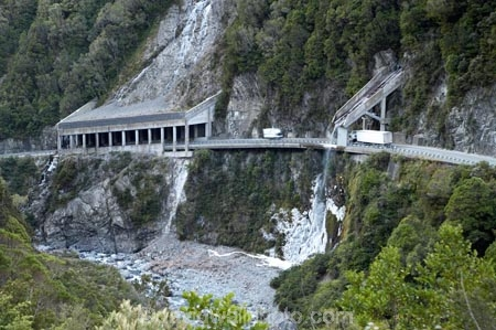 Arthurs-Pass-Road;Arthurs-Pass-Road;Avalanche-Bridge;bluff;bluffs;cascade;cascades;cliff;cliffs;creek;creeks;engineering-feat;falls;frozen-waterfall;frozern-waterfalls;ice-waterfall;ice-waterfalls;landslide-bridge;mountainside;mountainsides;N.Z.;natural;nature;New-Zealand;NZ;Otira-Gorge;Otira-River;rockfall-bridge;Rockslide-Bridge;S.I.;scene;scenic;SI;South-Is.;South-Island;Southern-Alps;State-Highway-73;steep;stream;streams;water;Water-Bridge;water-fall;water-falls;waterfall;waterfalls;Wesl-Coast;Westland;winter