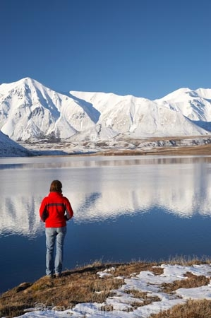 alone;calm;Canterbury;Canterbury-Foothills;cold;Hakatere-Conservation-Park;hike;hiker;hikers;hiking;lake;Lake-Heron;lakes;Mid-Canterbury;Mount-Catherine;Mt-Catherine;Mt.-Catherine;N.Z.;New-Zealand;NZ;people;person;placid;quiet;reflection;reflections;S.I.;season;seasonal;seasons;serene;SI;single;smooth;snow;snowy;solo;South-Is;South-Island;still;tranquil;walk;walker;walkers;walking;water;white;winter;wintery;woman
