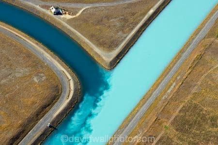 aerial;aerial-photo;aerial-photography;aerial-photos;aerials;air-to-air;aqua;blue;canal;canals;Canterbury;color;colors;colour;colours;electricity-generation;glacial-flour;hydro-canal;hydro-canals;hydro-generation;hydro-power;hydro-power-scheme;junction;junctions;Mackenzie-Country;Meridain-Eneergy;Meridian;N.Z.;New-Zealand;NZ;Ohau-Canal;power-generation;Pukaki-Canal;SI;South-Canterbury;South-Island;teal;turquoise;water;y