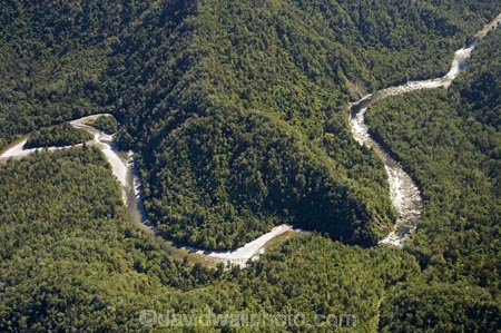 aerial;aerial-photo;aerial-photograph;aerial-photographs;aerial-photography;aerial-photos;aerial-view;aerial-views;aerials;Aorere-River;Heaphy-Track;Kahurangi-N.P.;Kahurangi-National-Park;Kahurangi-NP;N.Z.;national-park;national-parks;Nelson-Region;New-Zealand;NZ;S.I.;SI;South-Is.;South-Island