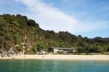 Abel-Tasman-N.P.;Abel-Tasman-National-Park;Abel-Tasman-NP;bach;baches;beach;beaches;Boundary-Bay;coast;coastal;coastline;crib;cribs;holiday-home;holiday-homes;holiday-house;holiday-houses;N.Z.;national-park;national-parks;Nelson-Region;New-Zealand;NZ;ocean;oceans;S.I.;sand;sandy;sea;seas;shore;shoreline;SI;South-Is.;South-Island;wave;waves