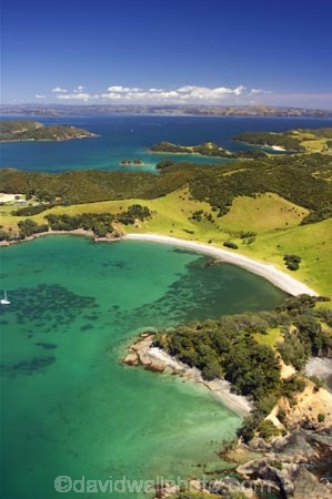 aerial;aerials;bay;bay-of-islands;bays;beach;beaches;beautiful;boat;boats;coast;coastal;coastline;cruise;cruising;holiday;holidaying;holidays;idyllic;island;launch;launches;natural;nature;new-zealand;north-is.;north-island;north-islands;northland;ocean;paradise;russell;sand;scenic;sea;shore;shoreline;sub-tropical;sub_tropical;tourism;tourist;tourist-boat;tourists;travel;traveler;traveling;traveller;travelling;Urupukapuka-bay;urupukapuka-island;vacation;vacationers;vacationing;vacations;water;waterside