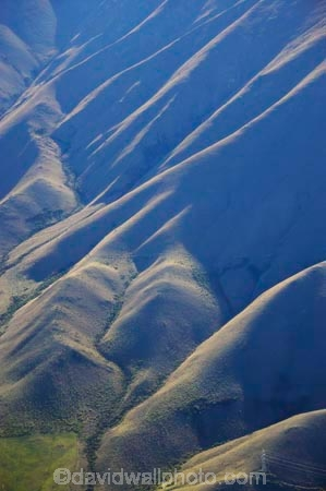 aerial;aerial-image;aerial-images;aerial-photo;aerial-photography;aerial-photos;aerials;Benmore-Range;lake;lakes;New-Zealand;North-Otago;Otago;ridge;ridgelines;ridges;South-Island;Waitaki;Waitaki-District;Waitaki-Valley;water