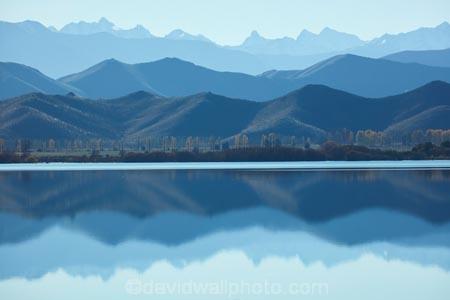 calm;lake;Lake-Benmore;lakes;mountain;mountains;N.Z.;New-Zealand;North-Otago;NZ;Otago;placid;quiet;reflected;reflection;reflections;S.I.;serene;SI;smooth;South-Is;South-Island;Southern-Alps;Sth-Is;still;tranquil;Waitaki;Waitaki-District;Waitaki-Region;Waitaki-Valley;water