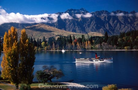 autumn;boat;boats;fall;lakes;mountain;mountains;resort-town;ship;steam;steamer;steamship;tourism;tourist;tourists