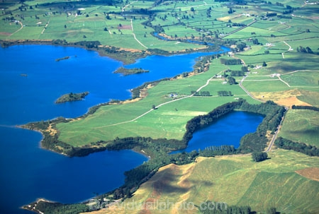 lakes;paddock;field;meadow;farm;farms;pasture;pastures;paddocks;fields;meadows;farmland;agricultural;rural;cultivated;aerials;horticulture;cultivation
