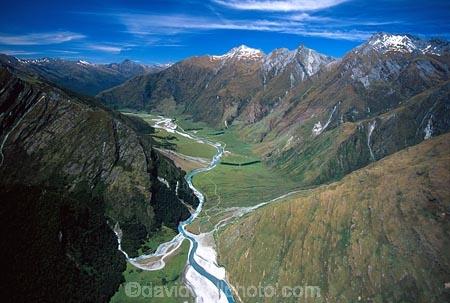 mountain;mountains;aerial;aerials;valley;valleys;lake;lakes