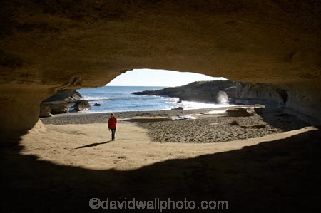 beach;beaches;Buller-District;Buller-Region;cave;cavern;caverns;caves;coast;coastal;coastal-errosion;coastline;coastlines;coasts;errosion;female;foreshore;geological;geology;limestone;N.Z.;New-Zealand;NZ;ocean;Paparoa-N.P.;Paparoa-National-Park;Paparoa-NP;people;person;Punakaiki;rock-formation;rock-formations;Rock-Overhang;S.I.;sea;shore;shoreline;shorelines;shores;SI;South-Is;South-Island;stone;Tasman-Sea;Te-Miko;Truman-Bay;Truman-Beach;Truman-Track;Truman-Track-Bay;Truman-Track-Beach;water;West-Coast;Westland;woman