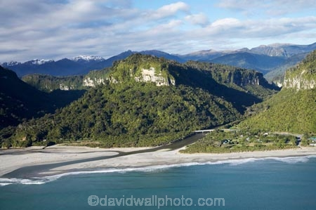 aerial;aerial-photo;aerial-photograph;aerial-photographs;aerial-photography;aerial-photos;aerial-view;aerial-views;aerials;beach;beaches;coast;coastal;coastline;coastlines;coasts;N.Z.;national-park;national-parks;New-Zealand;NZ;ocean;oceans;Paparoa-National-Park;Pororari-River;Pororari-River-Gorge;Punakaiki;Punakaiki-Beach-Camp;Punakaiki-Camp-Ground;Punakaiki-Camp-Grounds;Punakaiki-Campground;Punakaiki-Campgrounds;Punakaiki-Camping-Ground;Punakaiki-Camping-Grounds;Punakaiki-Holiday-Park;S.I.;sand;sandy;sea;seas;shore;shoreline;shorelines;shores;SI;South-Island;State-Highway-6;State-Highway-Six;surf;Tasman-Sea;water;wave;waves;West-Coast;Westland