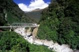 alps;bridge;bridges;divide;haast-pass;highway;main;main-divide;mountaineous;mountains;pass;passes;riverbeds;rivers;southern