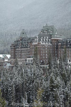 AB;Alberta;Albertas-Rockies;apartment;apartments;architecture;Banff;Banff-N.P.;Banff-National-Park;Banff-NP;Banff-Springs-Hotel;building;buildings;Canada;Canadian;Canadian-Cordillera;Canadian-Rockies;Canadian-Rocky-Mountain-Parks;Canadian-Rocky-Mountain-Parks-World-Heritage-Site;cold;colonial;freeze;freezing;heritage;historic;historic-building;historic-buildings;historical;historical-building;historical-buildings;history;holiday;holiday-accommodation;holidays;hotel;hotels;North-America;North-American-Cordillera;North-American-Rocky-Mountains-Range;old;place;places;resort;resorts;Rocky-Mountains;Rocky-Mountains-Range;season;seasonal;seasons;snow;snowy;The-Fairmont-Banff-Springs;tradition;traditional;vacation;vacations;Western-Canada;Western-Cordillera;white;winter;wintery