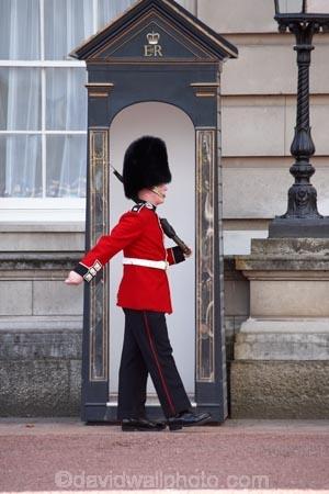 First TurbanWearing Sikh Buckingham Palace Guard May Be