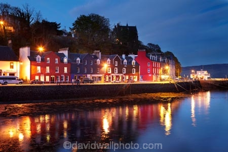 Argyll-and-Bute;Britain;calm;dusk;evening;G.B.;GB;Great-Britain;Highlands;Inner-Hebrides;Island-of-Mull;Isle-of-Mull;Main-Street;Mull;Mull-Island;night;night-time;placid;quiet;reflection;reflections;Scotland;Scottish-Highlands;serene;smooth;Sound-of-Mull;still;terrace-house;terrace-houses;terraced-house;terraced-houses;Tobermory;Tobermory-Bay;Tobermory-Harbour;Tobermory-Waterfront;tranquil;twilight;U.K.;UK;United-Kingdom;water;waterfront