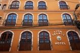 balconies;balcony;Bolivia;building;buildings;capital;Capital-of-Bolivia;Chuqi-Yapu;facade;facades;heritage;historic;historic-building;historic-buildings;historical;historical-building;historical-buildings;history;hotel;hotels;La-Paz;Latin-America;Lion-Palace-Hotel;Nuestra-Señora-de-La-Paz;old;pattern;patterns;South-America;Sth-America;The-Americas;tradition;traditional;window;windows