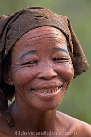 Africa;African;African-bush;Botswana;bush;Bushman;Bushmen;cultural;cultural-exchange;culture;female;females;forager-society;Ghanzi;hunter_gatherer;Hunting-and-gathering;people;person;San;San-Bushman;San-Bushmen;San-Living-Museum;San-people;San-woman;Southern-Africa;Thakadu;Thakadu-Bush-Camp;tradition;traditional;Traditional-Bushman-Culture;traditional-clothing;traditional-costume;traditional-dress;Traditional-San-Culture;Traditional-San-woman;tribe;woman;women