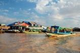 Asia;boat;boats;Cambodia;Cambodian-floating-village;Cambodian-floodplain;Cambodian-village;Chong-Khneas;Chong-Khneas-Floating-Village;Chong-Khnies;Chong-Kneas;Chong-Kneas-Floating-Village;floating-home;floating-homes;floating-house;floating-houses;floating-shop;floating-shops;Floating-Village;Floating-Villages;freshwater-lake;freshwater-lakes;Indochina-Peninsula;Kampuchea;Kingdom-of-Cambodia;lake;lakes;long-boat;long-boats;long-tail-boat;long-tailed-boat;long_tail-boat;long_tailed-boat;Lower-Mekong-Basin;Mekong-Plain;passenger-boat;passenger-boats;people;person;Port-of-Chong-Khneas;Siem-Reap;Siem-Reap-Province;Siem-Reap-River;Southeast-Asia;Tonle-Sap;Tonle-Sap-Lake;Tonlé-Sap;Tonlé-Sap-Lake;tour-boat;tour-boats;tourism;tourist;tourist-boat;tourist-boats;tourists;UNESCO-Biosphere-Reserve