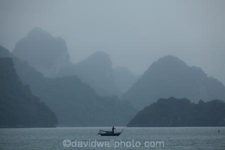 Asia;boat;boats;fishing-boat;fishing-boats;fog;foggy;fogs;Ha-Long-Bay;Halong-Bay;karst-landscape;limestone-karsts;limestone-outcrops;mist;mists;misty;monochromatic;monochrome;North-Vietnam;Northern-Vietnam;Qung-Ninh-Province;Quang-Ninh-Province;South-East-Asia;Southeast-Asia;tourism;UN-world-heritage-area;UN-world-heritage-site;UNESCO-World-Heritage-area;UNESCO-World-Heritage-Site;united-nations-world-heritage-area;united-nations-world-heritage-site;Vnh-H-Long;Vietnam;Vietnamese;world-heritage;world-heritage-area;world-heritage-areas;World-Heritage-Park;World-Heritage-site;World-Heritage-Sites