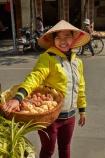 Asia;Asian;Asian-conical-hat;Asian-conical-hats;basket;conical-hat;conical-hats;food;Hanoi;hawker;hawkers;leaf-hat;leaf-hats;non-la;nón-lá;Old-Quarter;palm_leaf-conical-hat;South-East-Asia;Southeast-Asia;street;street-scene;street-scenes;street-vendor;street-vendors;streets;vendor;vendors;Vietnam;Vietnamese;Vietnamese-conical-hat;Vietnamese-conical-hats;Vietnamese-hat;Vietnamese-hats;Vietnamese-symbol