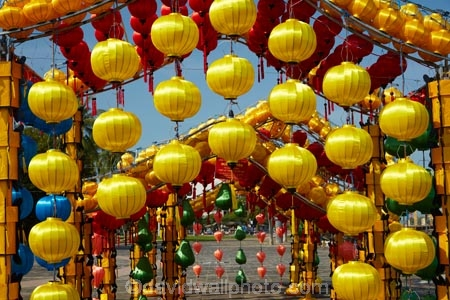 Asia;Central-Sea-region;color;colorful;colors;colour;colourful;colours;festive;Hi-An;Hoi-An;Hoi-An-Old-Town;Hoian;Indochina;lamp;lamps;lantern;lanterns;light;lights;old-town;South-East-Asia;Southeast-Asia;UN-world-heritage-area;UN-world-heritage-site;UNESCO-World-Heritage-area;UNESCO-World-Heritage-Site;united-nations-world-heritage-area;united-nations-world-heritage-site;Vietnam;Vietnamese;Vietnamese-lantern;Vietnamese-lanterns;world-heritage;world-heritage-area;world-heritage-areas;World-Heritage-Park;World-Heritage-site;World-Heritage-Sites;yellow-lantern;yellow-lanterns