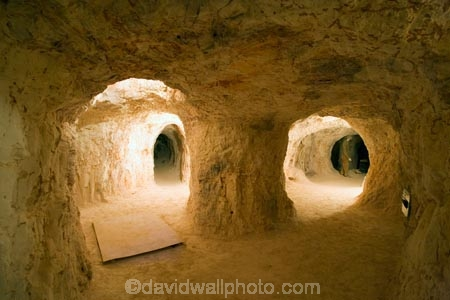 Australasian;Australia;Australian;Australian-Outback;cave;cavern;caverns;caves;Coober-Pedy;dugout;dugouts;excavate;excavating;excavation;grotto;grottos;mine;mines;mining;opal-mine;opal-mines;Outback;red-centre;S.A.;SA;South-Australia;subterranean;Umoona-Mine;Umoona-Opal-Mine;under-ground;under_ground;underground;underworld
