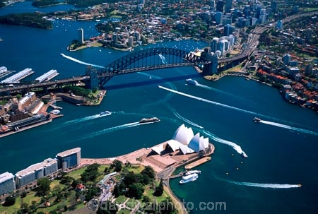 Sydney;Opera;House;Sydney;Harbour;harbor;harbors;harbours;aerials;Bridge;bridges;Australia;aerial;architecture;boat;boats;ferry;ferries;wake;royal-botanic-gardens;royal;botanic;gardens;park