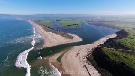 aerial;Aerial-drone;Aerial-drones;aerial-image;aerial-images;aerial-photo;aerial-photograph;aerial-photographs;aerial-photography;aerial-photos;aerial-view;aerial-views;aerials;beach;beaches;Clutha-Bar;Clutha-Delta;Clutha-District;Clutha-River;Clutha-River-Mouth;coast;coastal;coastline;coastlines;coasts;Drone;Drones;Dunedin;Inch-Clutha;Kaitangata;Mata_Au;N.Z.;New-Zealand;NZ;ocean;oceans;Otago;Quadcopter;Quadcopters;remote-piloted-aircraft-systems;remotely-operated-aircraft;remotely-piloted-aircraft;remotely-piloted-aircrafts;river;river-mouth;river-mouths;rivers;ROA;RPA;RPAS;S.I.;sand-bar;sea;seas;shore;shoreline;shorelines;shores;SI;South-Is;South-Island;South-Otago;Sth-Is;U.A.V.;UA;UAS;UAV;UAVs;Unmanned-aerial-vehicle;unmanned-aircraft;unpiloted-aerial-vehicle;unpiloted-aerial-vehicles;unpiloted-air-system;water;wave;waves